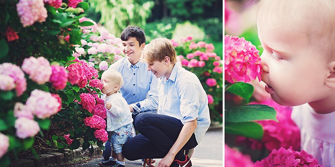 großer Brüder, kleine Schwester, Geschwister, Park, Sommer, Familie, Blumen, Übach-Palenberg, Astrid Ebert Fotografie