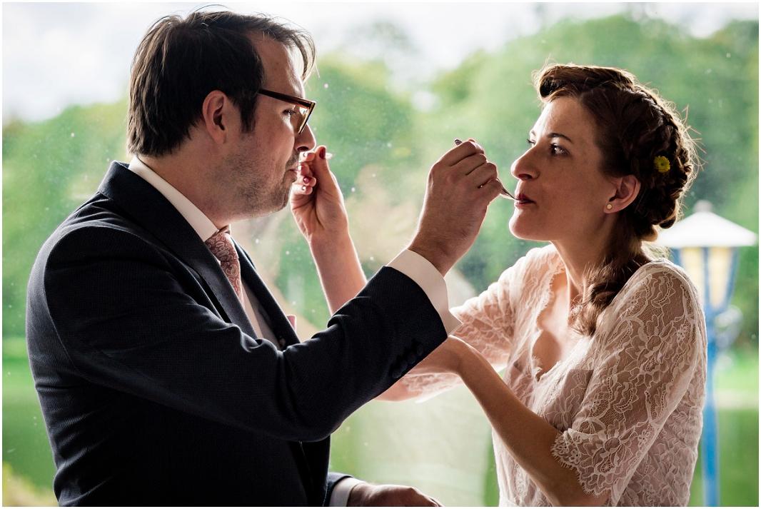 Hochzeit, Köln, Haus am See, Decksteiner Weiher, Hochzeitsfotografie, Hochzeitsfoto, Hochzeitsreportage, Hochzeitstorte