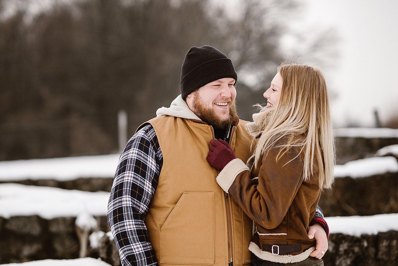 Paarshooting im Schnee von Astrid Ebert Fotografie
