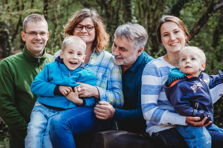 natürliche Familienfotografie in Aachen