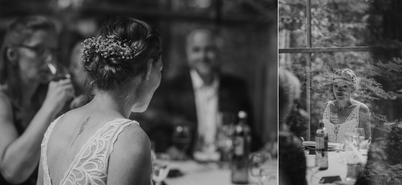 Hochzeitsgesellschaft zum Essen