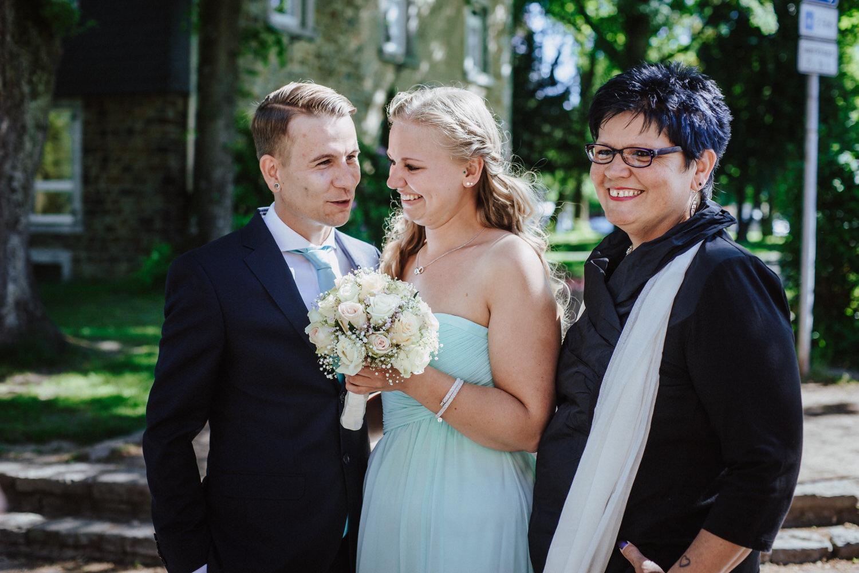 Brautpaar mit Mutter
