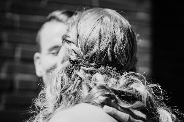 innige Momente nach der Hochzeit