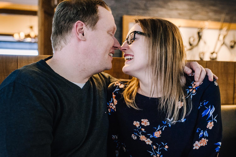 Paarshooting in einem Café